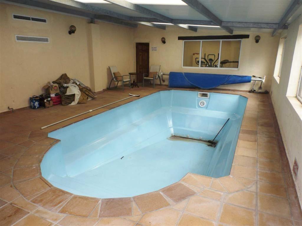 St Davids Hotel Swimming Pool