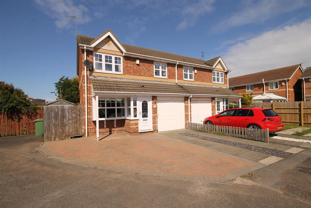 3 Bedrooms Semi Detached House for sale in Telford Close, Hartlepool