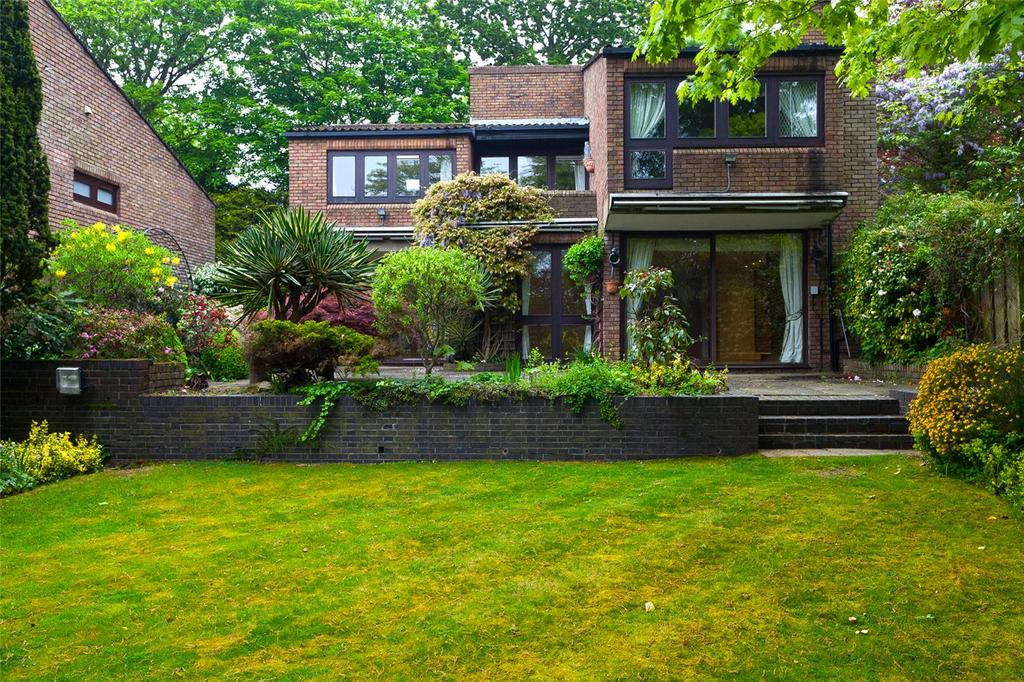 4 Bedrooms Detached House for sale in West Hill Park, London, N6