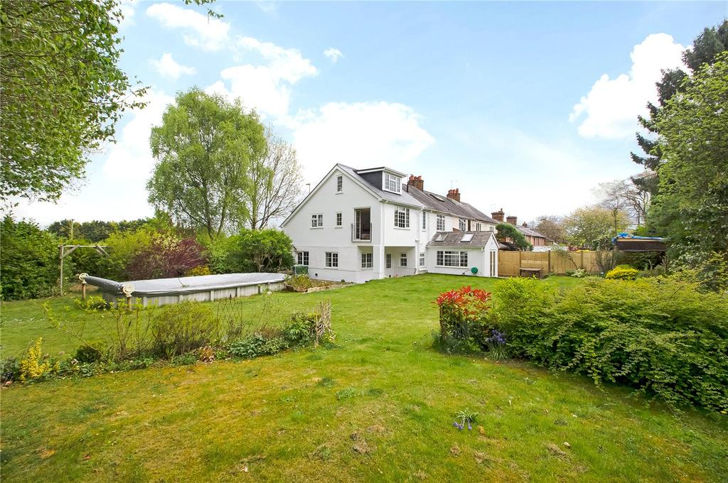 5 Bedrooms Semi Detached House for sale in Andover Road North, Winchester, Hampshire, SO22