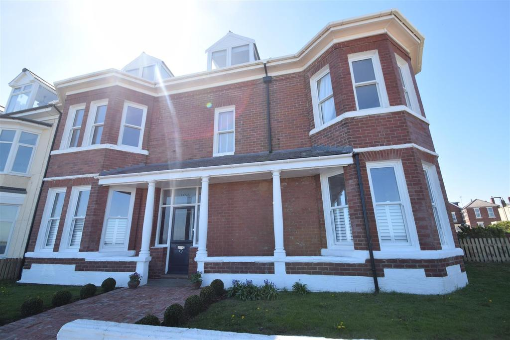 5 Bedrooms Terraced House for sale in Rockcliffe Gardens, Whitley Bay