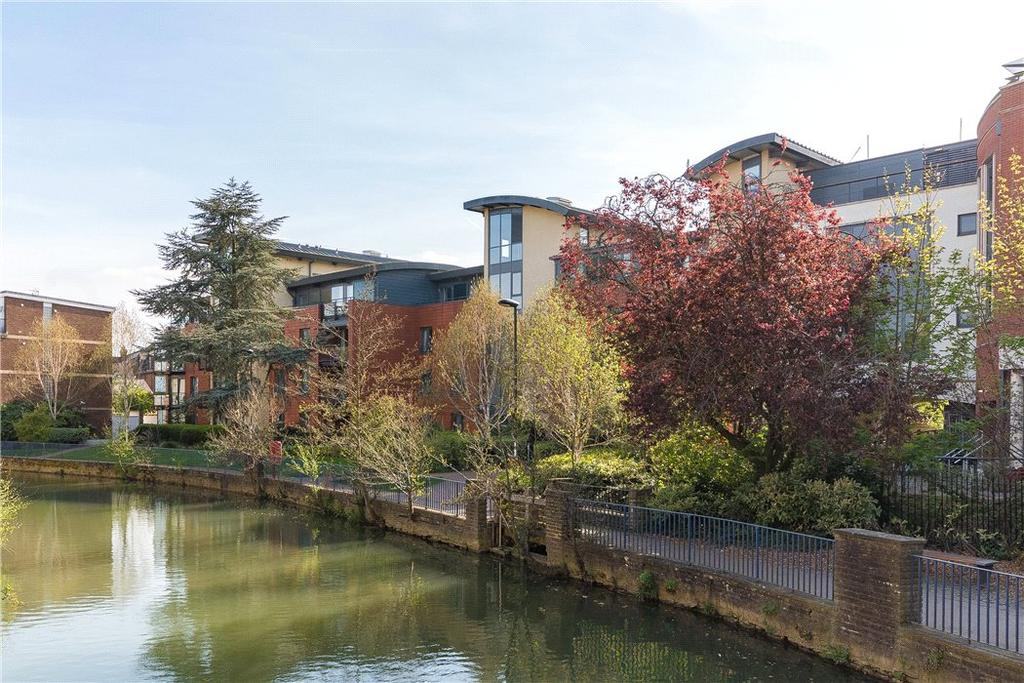 2 Bedrooms Penthouse Flat for sale in The Stream Edge, Lower Fisher Row, Oxford, Oxfordshire, OX1