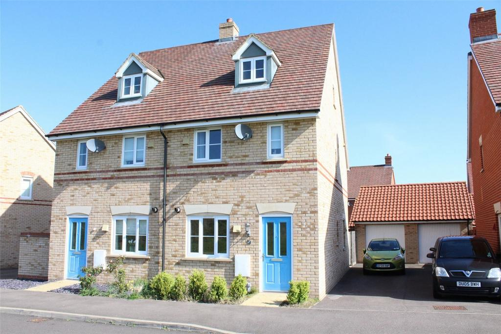 3 Bedrooms Semi Detached House for sale in Speedwell Way, Stotfold, Hitchin, Hertfordshire