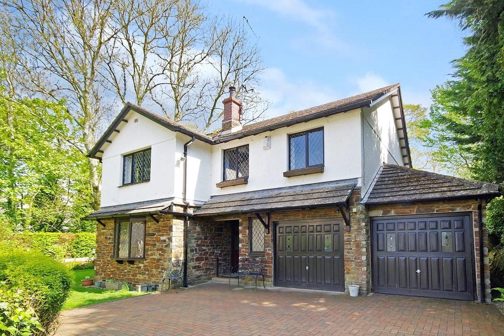 5 Bedrooms Detached House for sale in Tuckers Close, Yealmpton, Plymouth, Devon, PL8