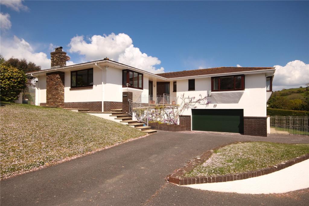 4 Bedrooms Detached Bungalow for sale in Herons Reach, West Charleton, Kingsbridge, Devon, TQ7