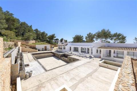 5 bedroom detached house  - Villa With Open Country Views, Santa Eulalia, Ibiza
