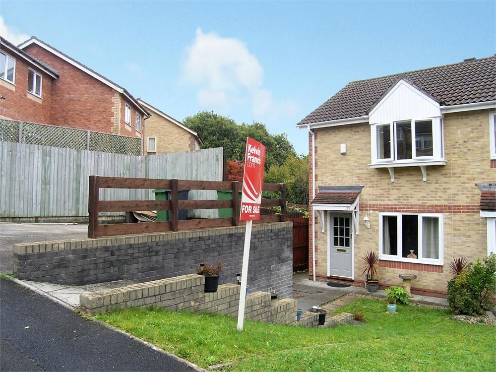 2 Bedrooms Semi Detached House for sale in Chamomile Close, Pontprennau, Cardiff