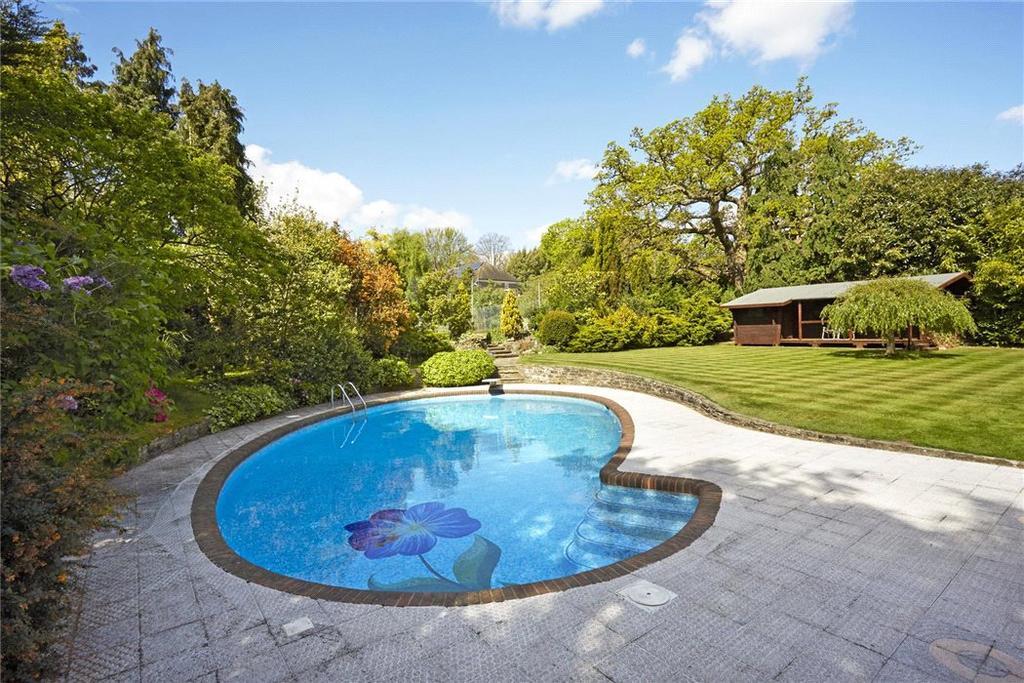 Esher Park Avenue Esher Surrey Kt10 6 Bed Detached House For Sale 3 950 000