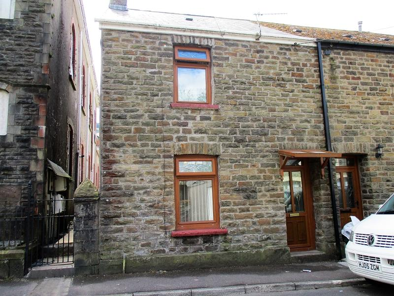 2 Bedrooms End Of Terrace House for sale in Commercial Street, Glyncorrwg, Port Talbot, Neath Port Talbot.