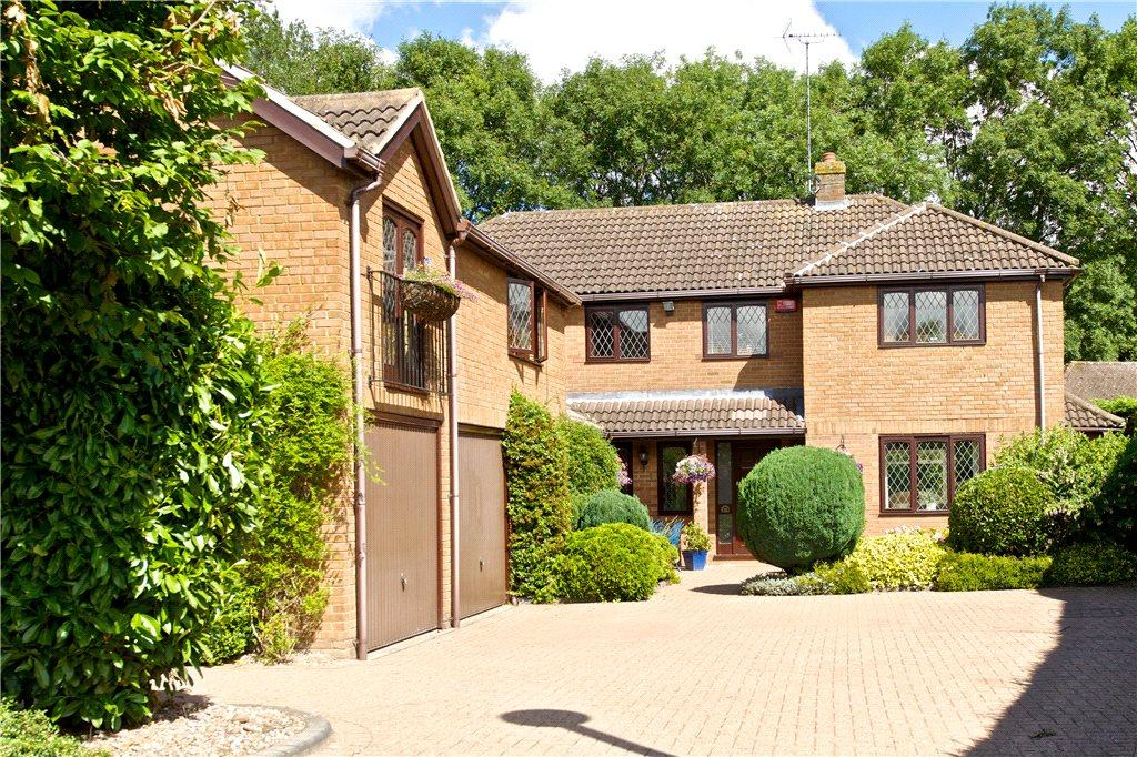 5 Bedrooms Detached House for sale in Rowsham Dell, Giffard Park, Milton Keynes, Buckinghamshire