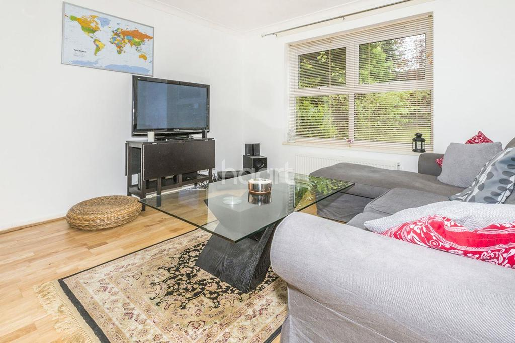 3 Bedrooms Terraced House for sale in Nursery Hill