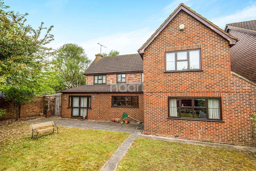 6 Bedrooms Detached House for sale in Yeading
