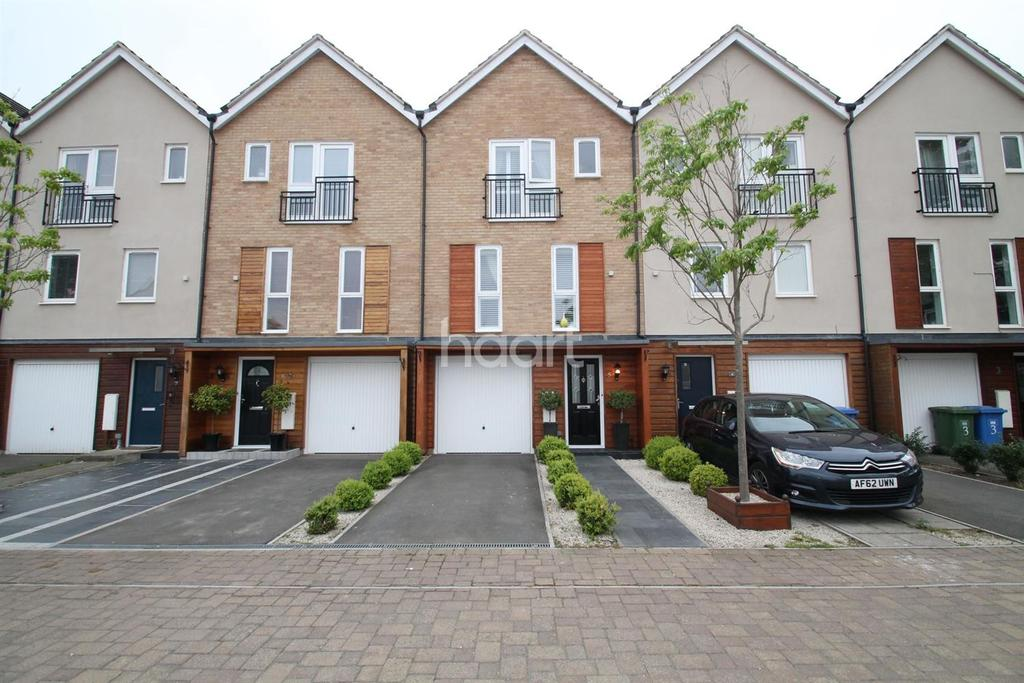 3 Bedrooms Terraced House for sale in Tempest Mews, The Parks, Bracknell