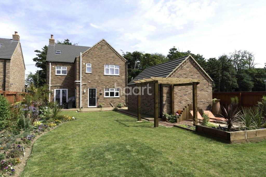 5 Bedrooms Detached House for sale in Elm