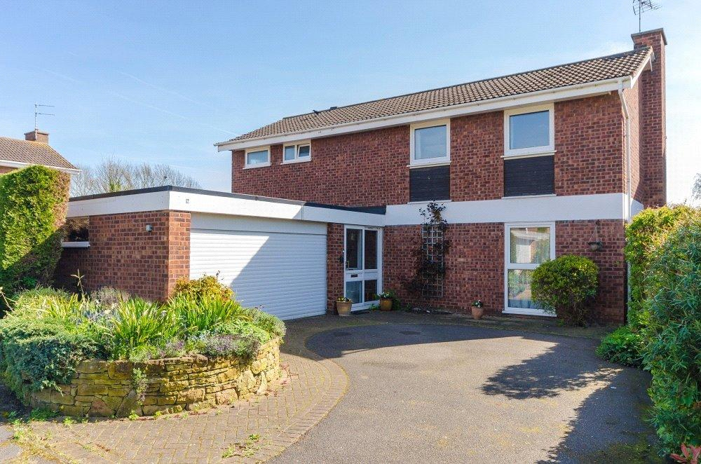 4 Bedrooms Detached House for sale in Fountains Close, West Bridgford, Nottingham, NG2