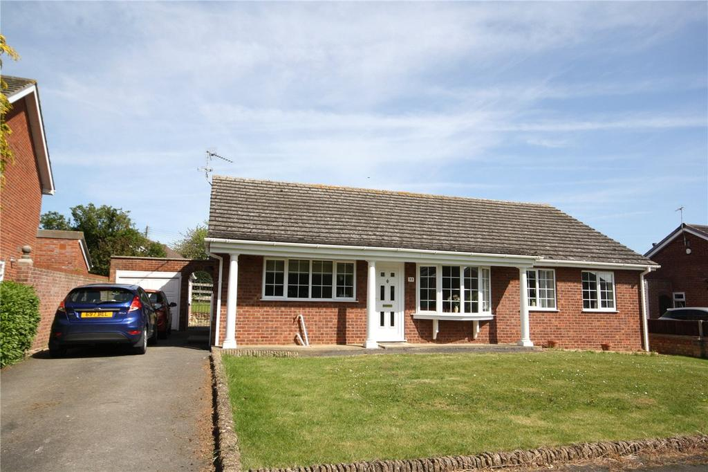 4 Bedrooms Detached Bungalow for sale in St Johns Close, Leasingham, Sleaford, Lincolnshire, NG34