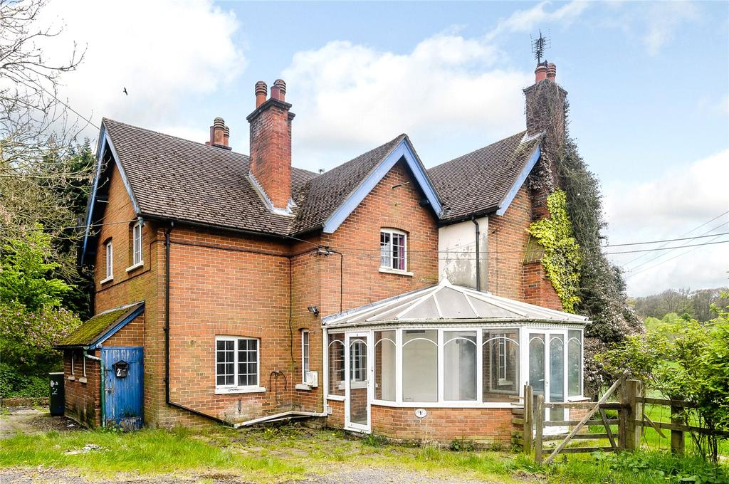 6 Bedrooms Detached House for sale in 1 2 Coxlands Cottages, Burnt Hill Road, Stanford Dingley, Reading