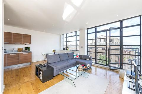 2 bedroom apartment to rent - Lavender Hill, London, SW11