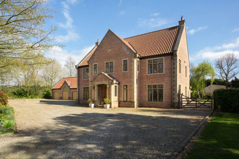 4 Bedrooms Detached House for sale in Shangri La, Hagg Lane, Dunnington, York, YO19