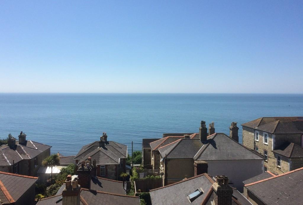 3 Bedrooms Town House for sale in Blendworth Terrace, Ventnor