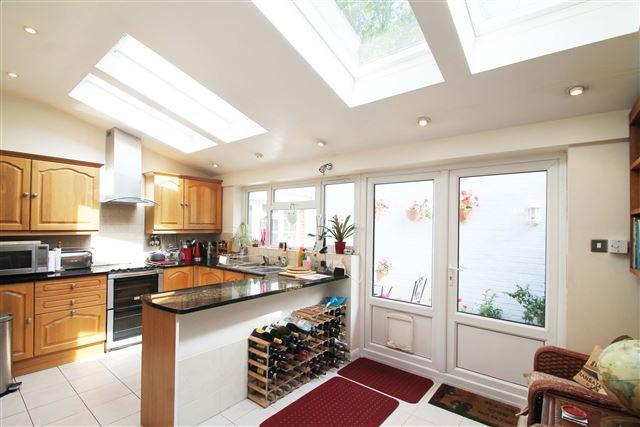 2 Bedrooms Town House for sale in Westbourne Place, Hove