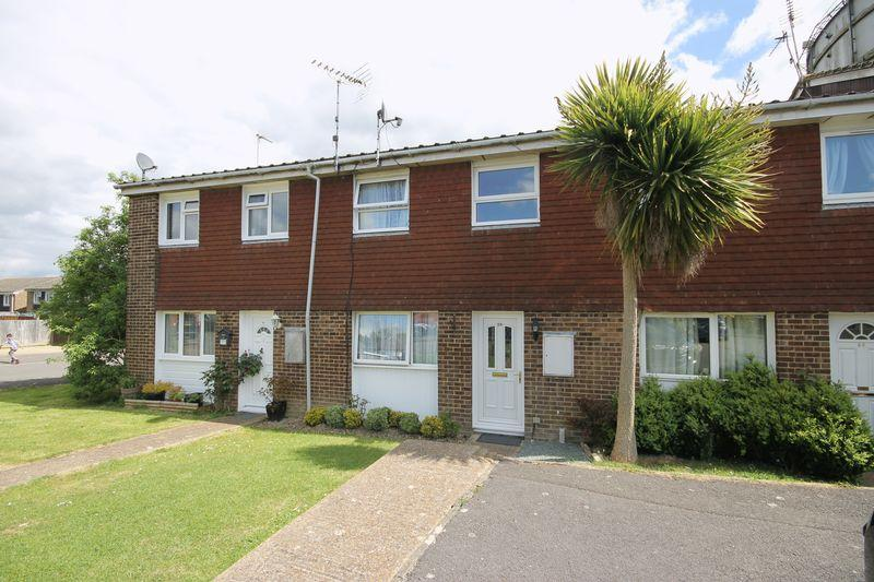 3 Bedrooms Terraced House for sale in Dumbrills Close, Burgess Hill, West Sussex