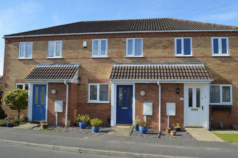 2 Bedrooms Terraced House for sale in Ingamells Drive, Saxilby
