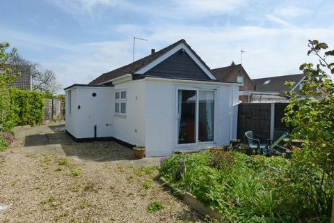 1 bedroom detached bungalow for sale - Eye Road, Peterborough