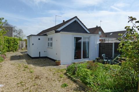 1 bedroom detached bungalow for sale - Eye Road, Peterborough