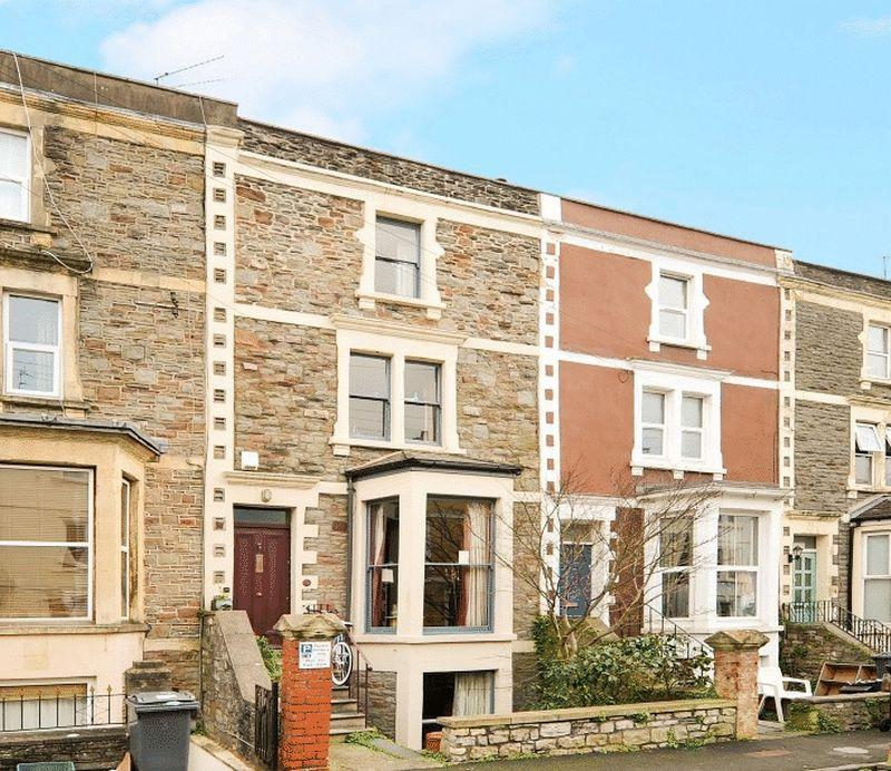 4 Bedrooms Terraced House for sale in Roslyn Road, Redland