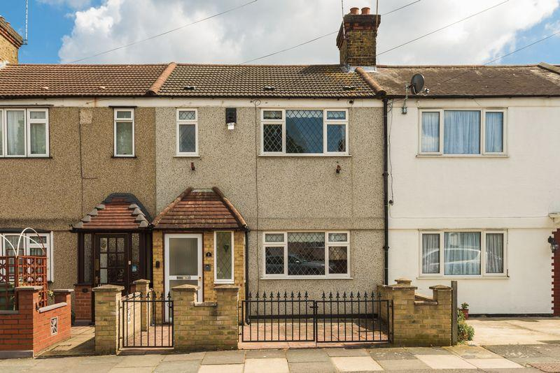 2 Bedrooms Terraced House for sale in Flamsteed Road, Charlton