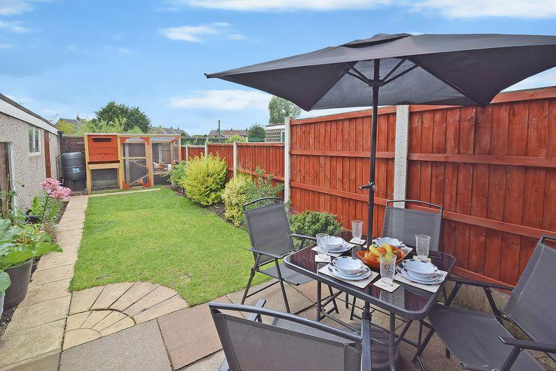 3 Bedrooms Semi Detached House for sale in Netherfield, Widnes