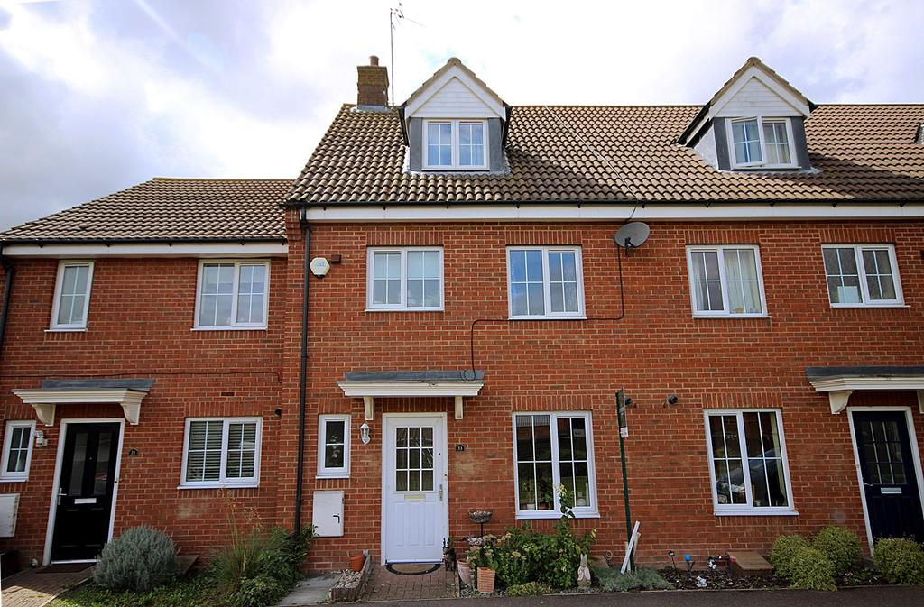 4 Bedrooms Town House for sale in St Johns Road, Arlesey, SG15