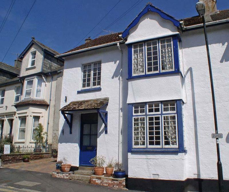 4 Bedrooms Terraced House for sale in Court Street, Moretonhampstead