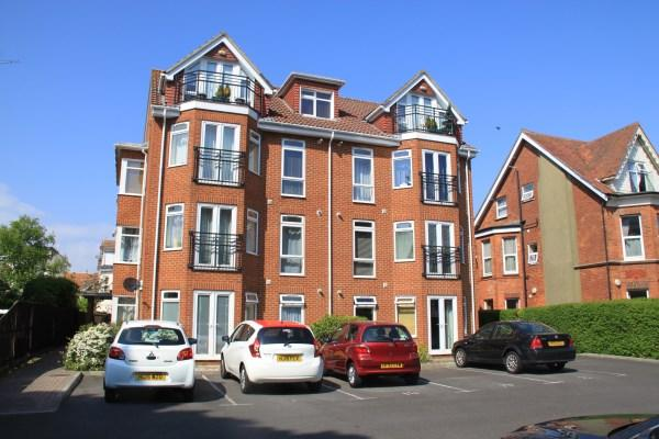 2 Bedrooms Apartment Flat for sale in Owls Road, Boscombe Spa, Bournemouth