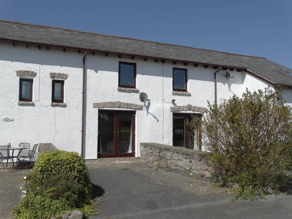 2 Bedrooms Terraced House for sale in 3 Hwylfa Ddafydd Tan Y Graig Road, Llysfaen, LL29 8TW