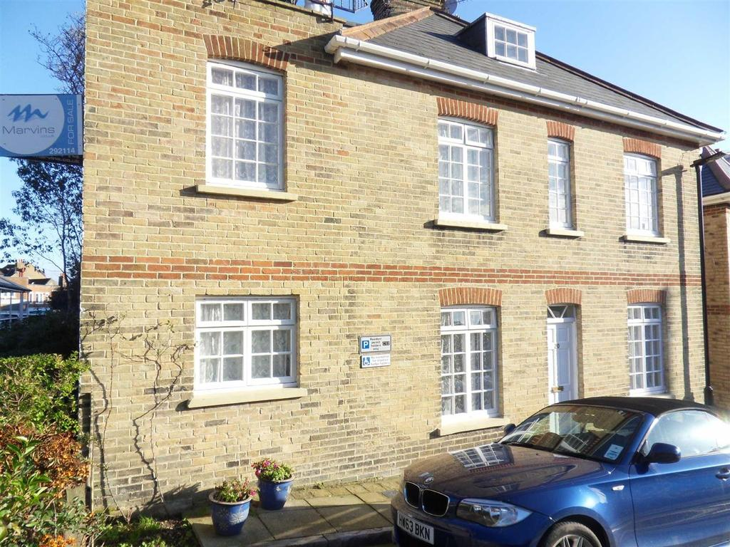 5 Bedrooms House for sale in Cross Street, Cowes