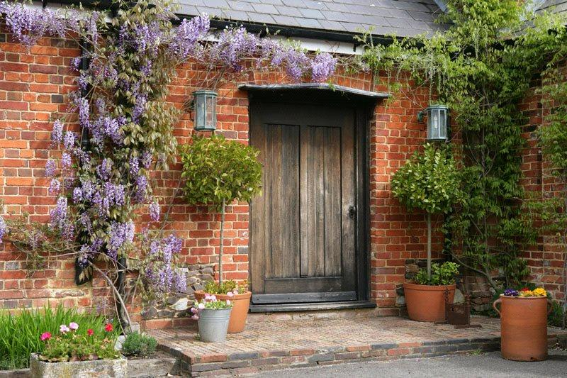 4 Bedrooms Terraced House for sale in The Stables, Bluebell Farm, Church Street, Seal, TN15