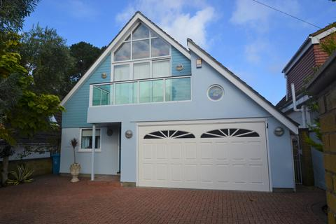 4 bedroom detached house for sale - Panorama Road, Sandbanks, Poole BH13