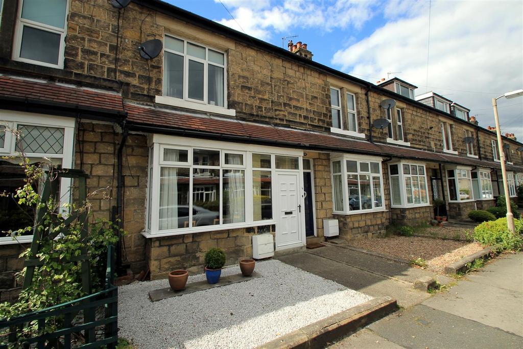4 Bedrooms Terraced House for sale in Grangefield Avenue, Burley In Wharfedale, LS29