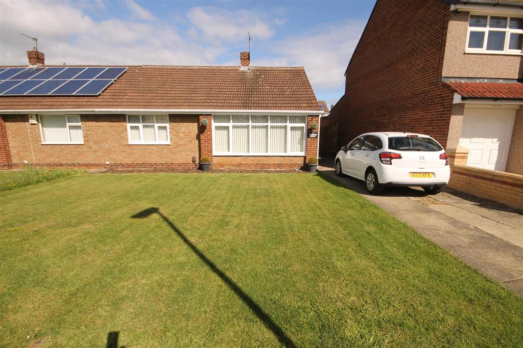 2 Bedrooms Semi Detached Bungalow for sale in Taybrooke Avenue, Hartlepool