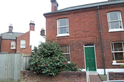3 bedroom terraced house to rent - Cozens Road, Norwich NR1