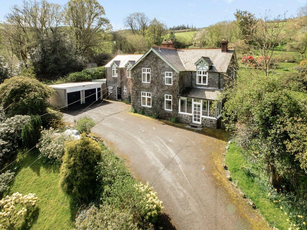 5 Bedrooms Detached House for sale in Llanwddyn, Oswestry, Shropshire