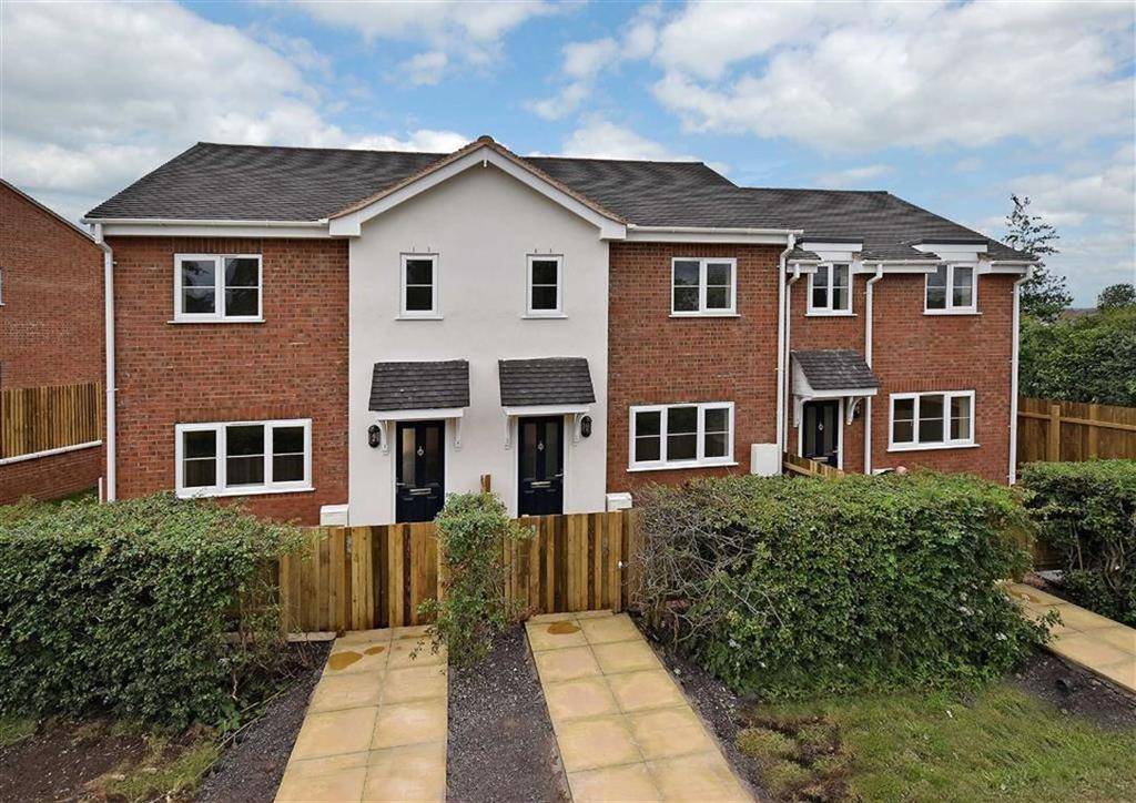 3 Bedrooms End Of Terrace House for sale in 3, Button Hall Close, Alveley, Bridgnorth, Shropshire, WV15