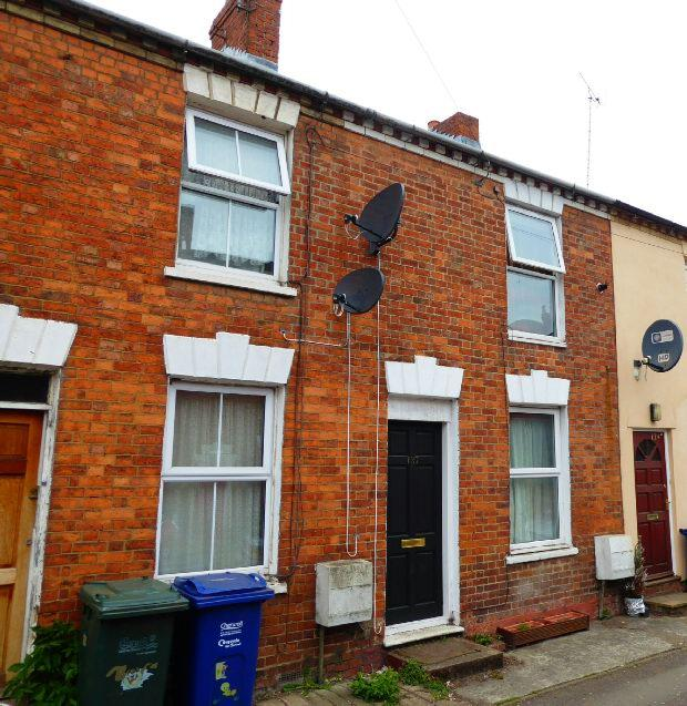 2 Bedrooms Terraced House for sale in West Street, Banbury