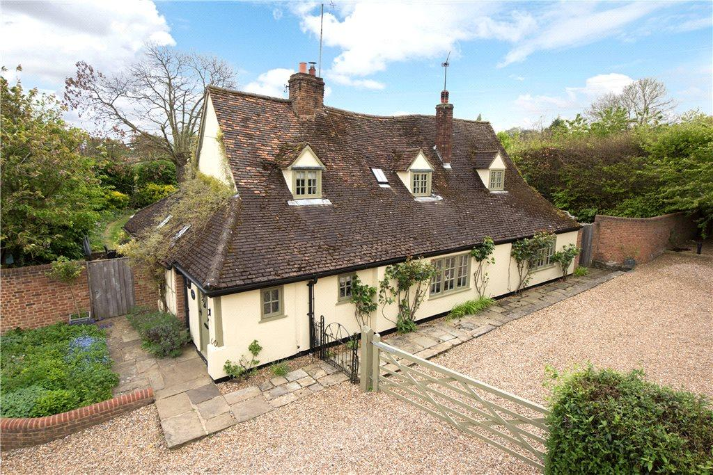 4 Bedrooms Detached House for sale in Thistley Lane, Gosmore, Hitchin, Hertfordshire