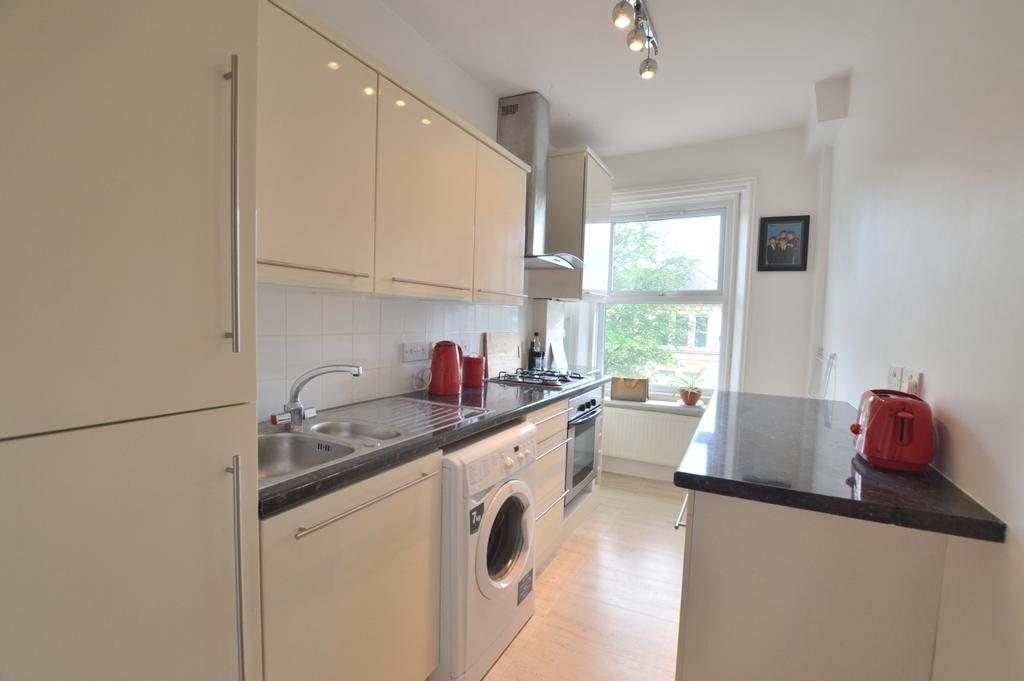 1 Bedroom Flat for sale in Anerley Road Anerley SE20