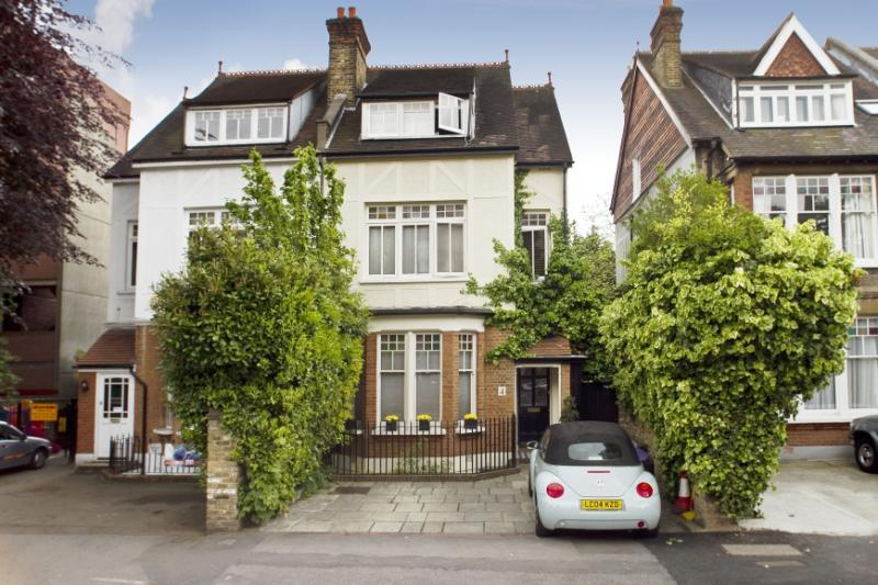 5 Bedrooms Semi Detached House for sale in Mansel Road, Wimbledon, London, SW19