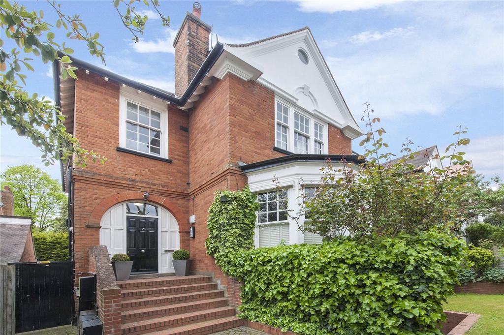 2 Bedrooms Flat for sale in Ferncroft Avenue, Hampstead, London