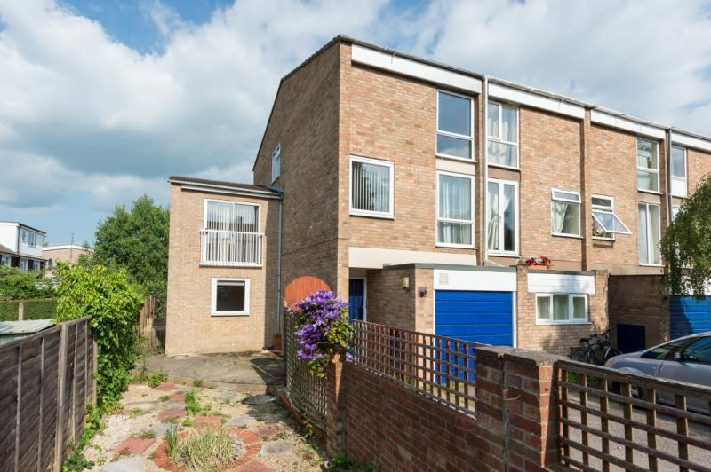 5 Bedrooms Terraced House for sale in Harefields, Oxford